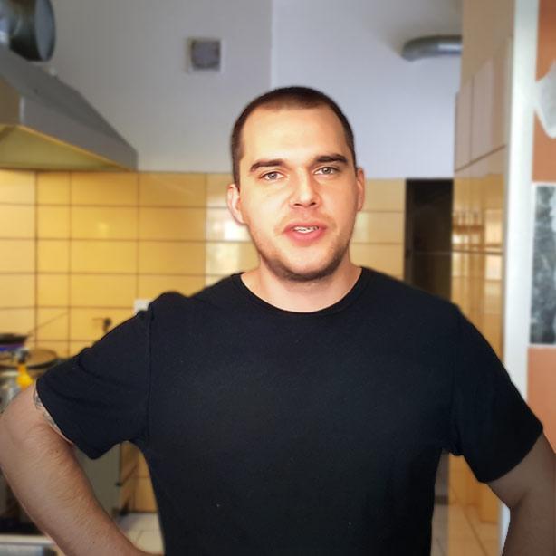 Martin Hrála